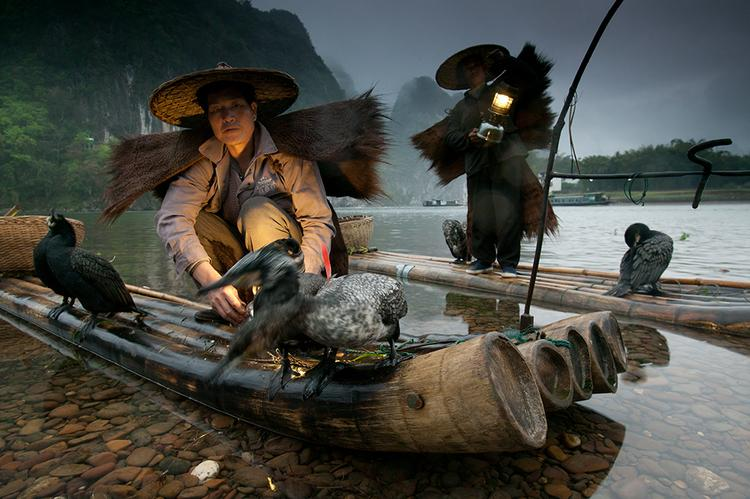 Art Wolfe Working the Image The Night Fisherman04