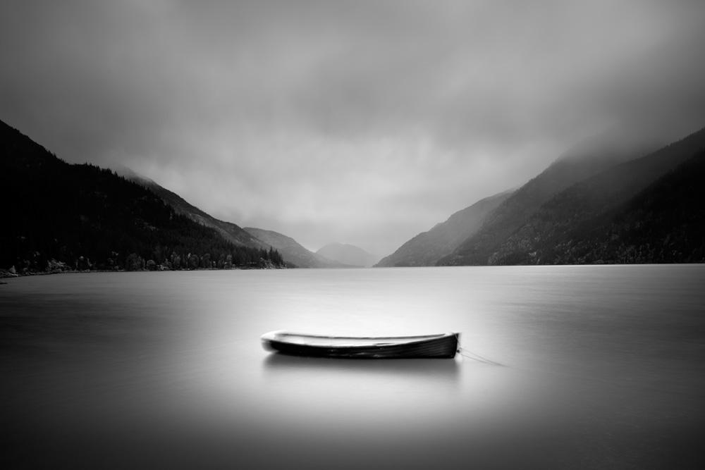 121016 LoneBoat_LakeChelanWA2